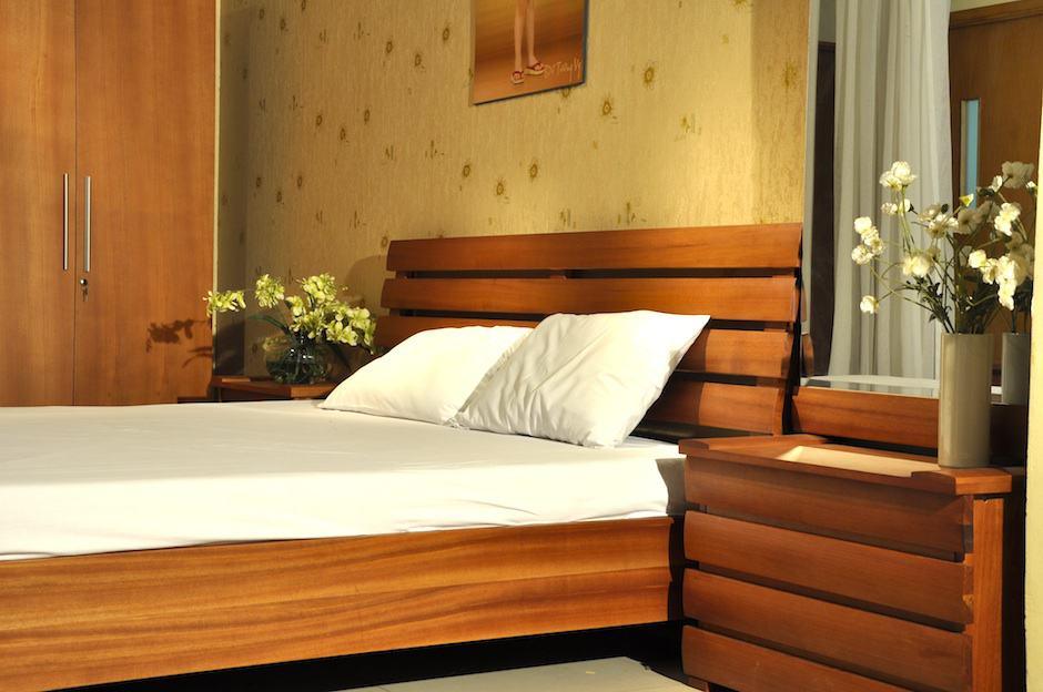 Mẫu giường ngủ và bàn phấn HN5
