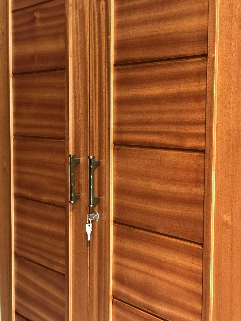 Tủ 4c xuất khẩu gỗ xoan đào mờ